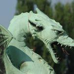 phot d'une statue représentant un dragon